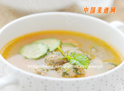 西红柿荠菜丸子汤的做法 西红柿荠菜丸子汤怎么做