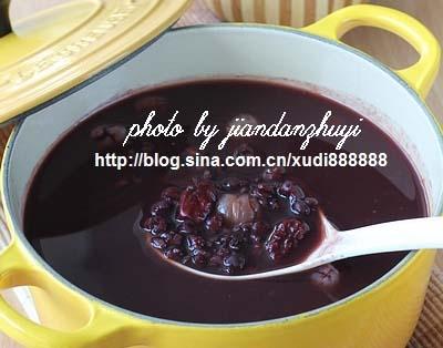 黑米薏仁桂圆汤汤的做法,黑米薏仁桂圆汤怎么做