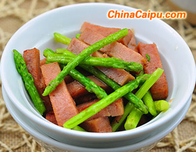 午餐肉炒芦笋