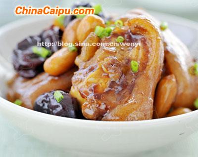 花生红枣焖猪手的做法 花生红枣焖猪手怎么做好吃