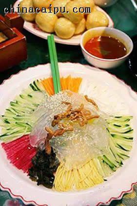 东北肉丝(七彩)拉皮的做法