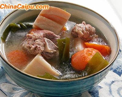 莲藕海带煲猪骨