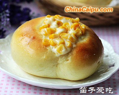 玉米沙拉面包