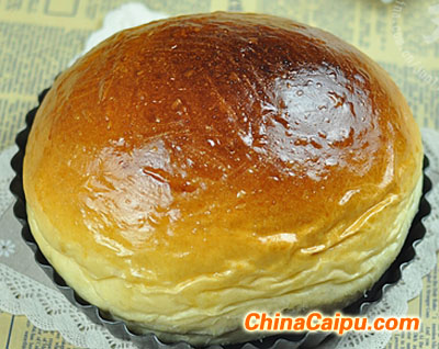 北海道巨蛋牛奶面包
