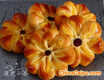 奶黄花儿面包