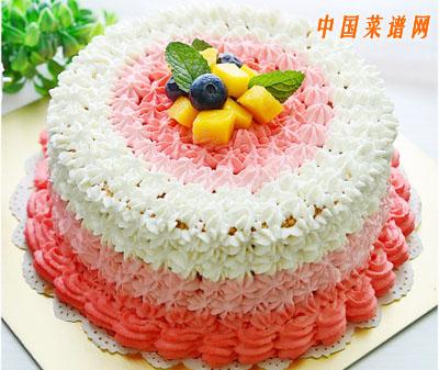 粉色渐变奶油蛋糕