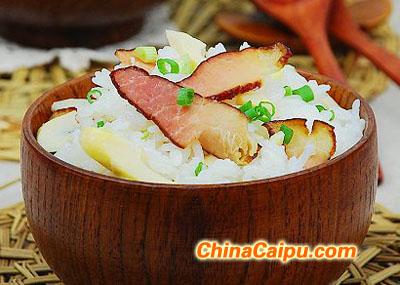 腊肉竹笋焖饭