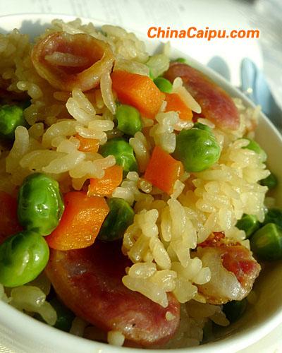 电饭煲豌豆香肠焖饭
