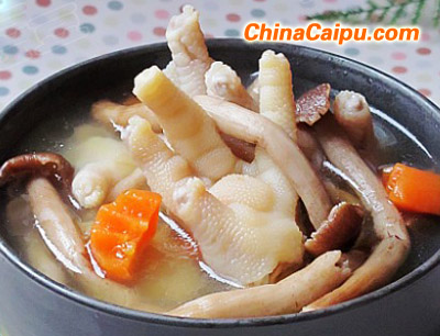 茶树菇煲凤爪