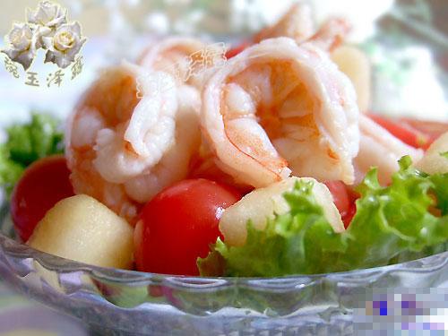 大虾圣女果沙拉