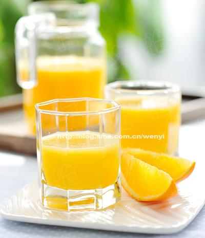 菠萝甜橙汁