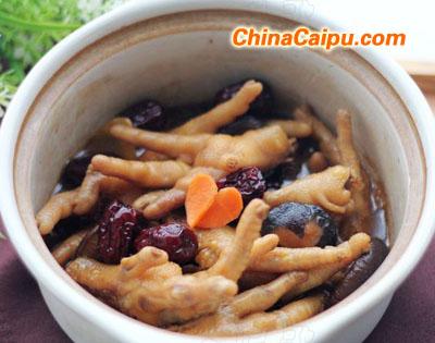 红枣香菇凤爪煲