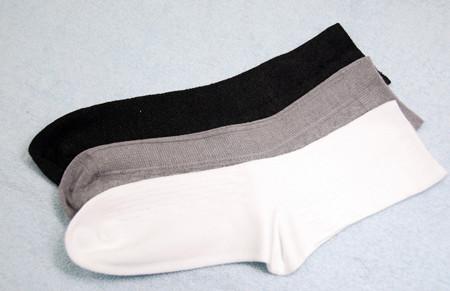 打羽毛球穿袜子也有讲究