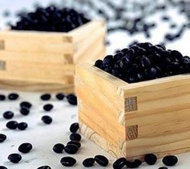 冬季喝豆浆改善身体健康预防女性病