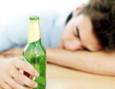 男性过度饮酒竟会导致乳腺癌?