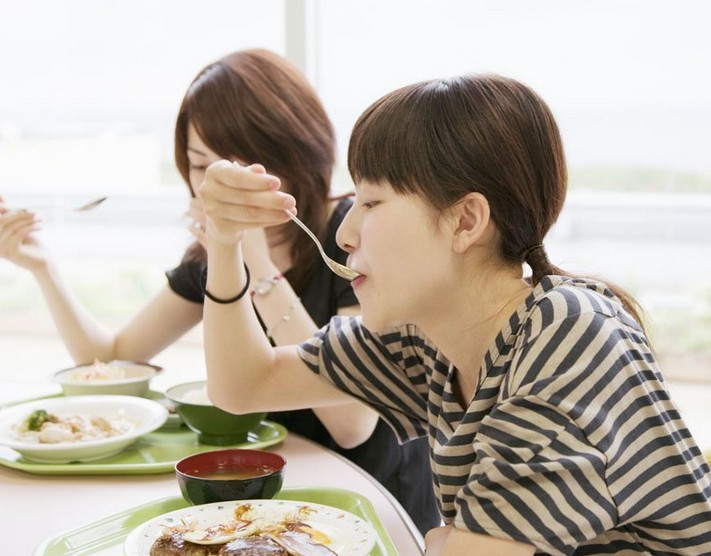 避开吃饭5误区降低癌发病