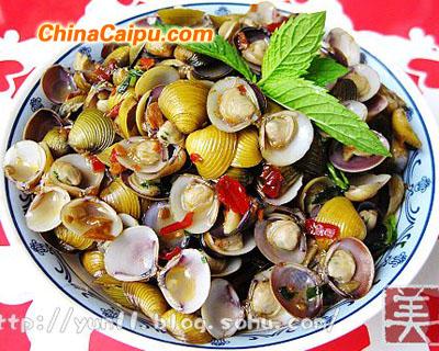 鲜紫苏炒河蚬