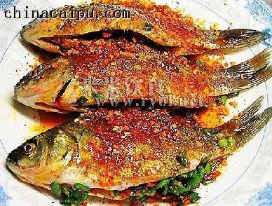 葱油烤鱼的做法