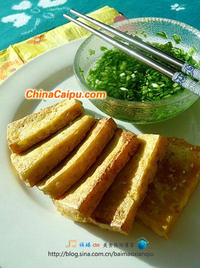 潮汕小菜:盐水韭菜炸豆腐